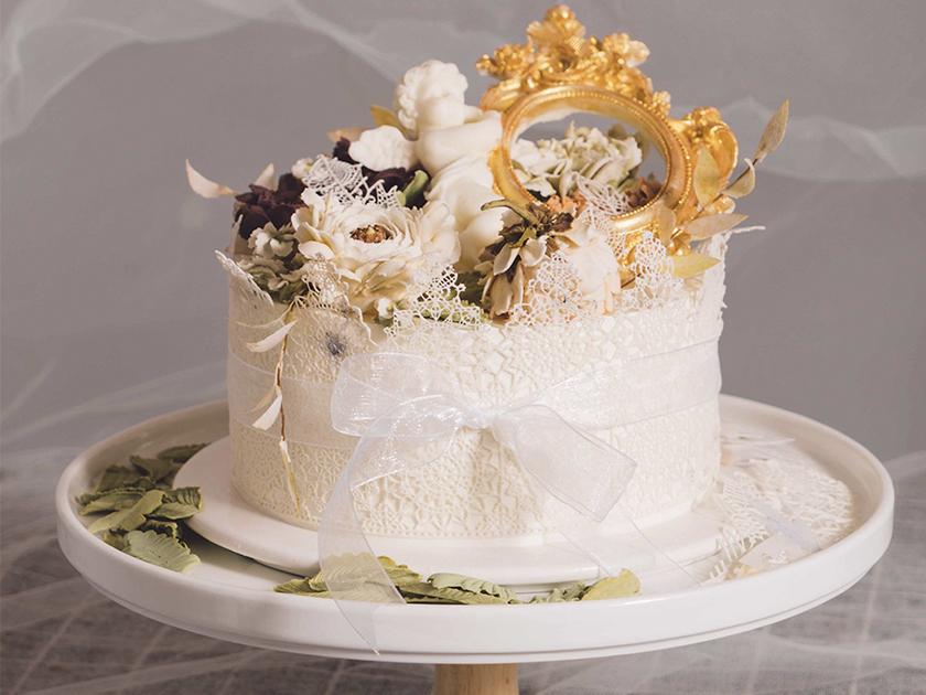 制作蛋糕花卉