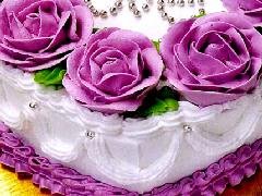 烘焙学校教您奶油玫瑰裱花蛋糕的做法
