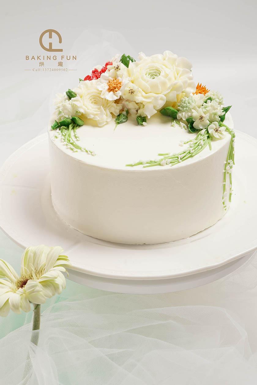 蛋糕裱花怎么学比较好
